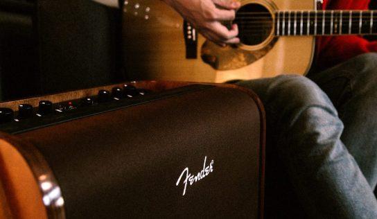 Elektroakustická gitara. Zrovnanie, prehľad, praktická pomoc pri výbere