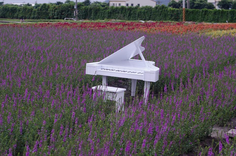 stolička ku klavíru