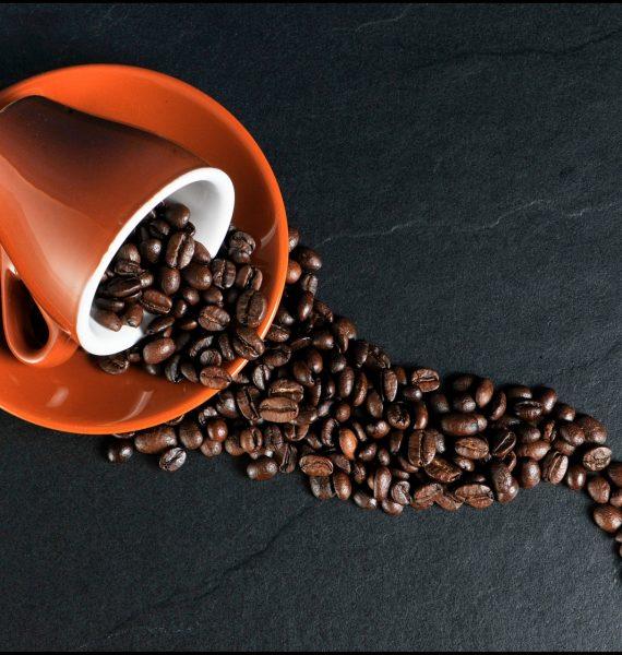 Káva – čierne zlato opradené niťou zaujímavostí