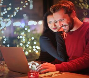 Nakupujte na internete skupónmi, ušetríte
