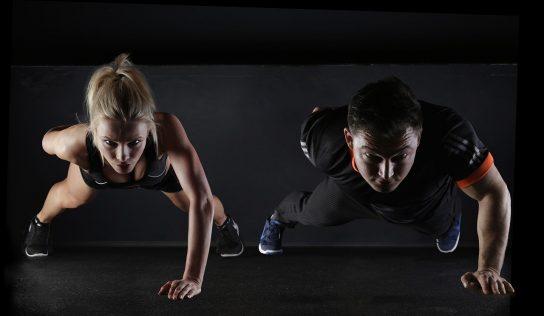 Cvičenie doma – 10 najlepších cvikov aj pre začiatočníkov