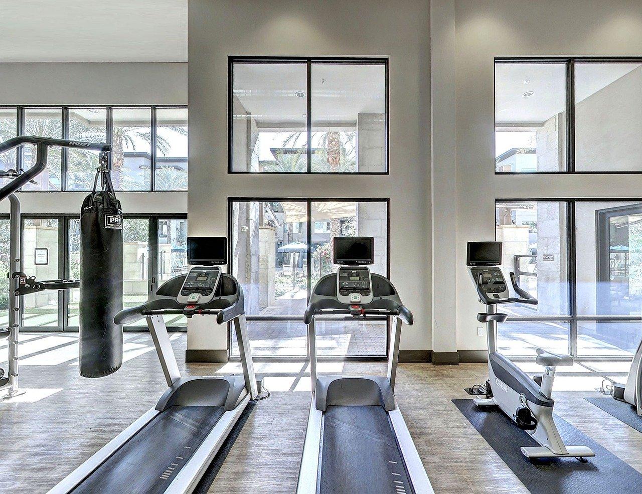 chudnutie doma cvičenie